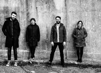 """Minor Victories: Neues Video zum Song """"Scattered Ashes (Song for Richard)"""""""